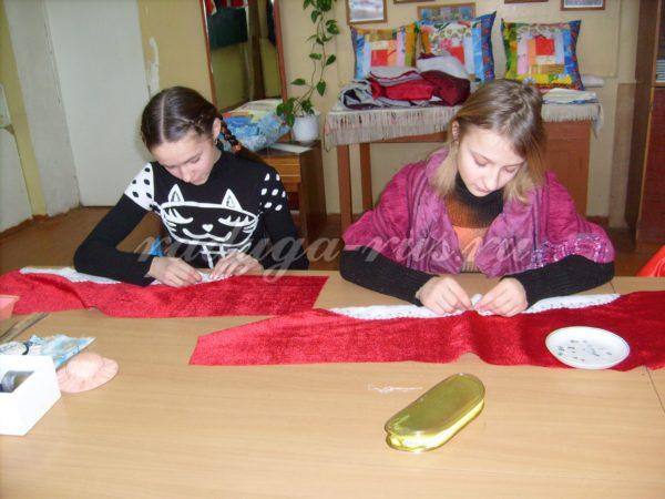 обработка рукавов шубы Деда Мороза